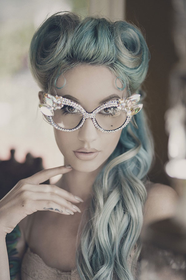 gray-granny-hair-trend-41__605